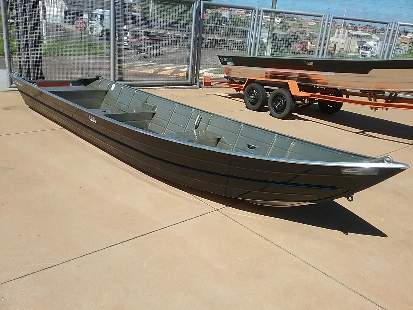 Barco alumínio 6 metros