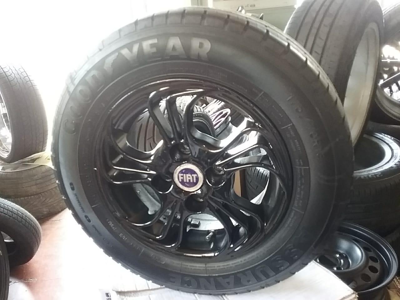 Jogo de rodas aro 13 Fiat 4/98 usadas com pneus Goodyear