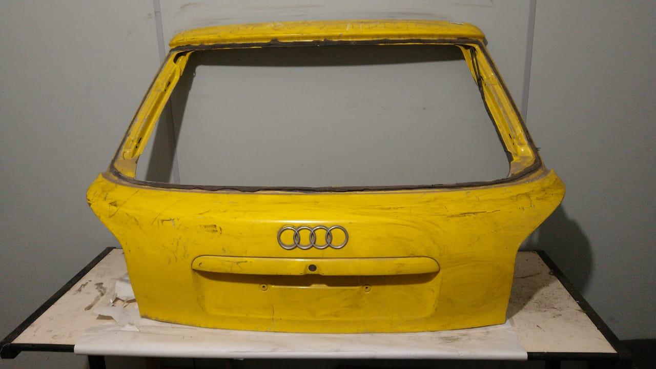 Tampa porta malas Audi A3 1999 00 01 02 03 04 2005