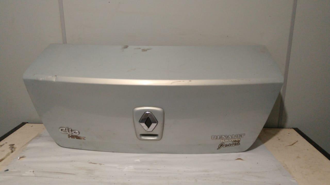 Tampa traseira Renault Clio Sedan 2000 01 02 03 04 05 2006